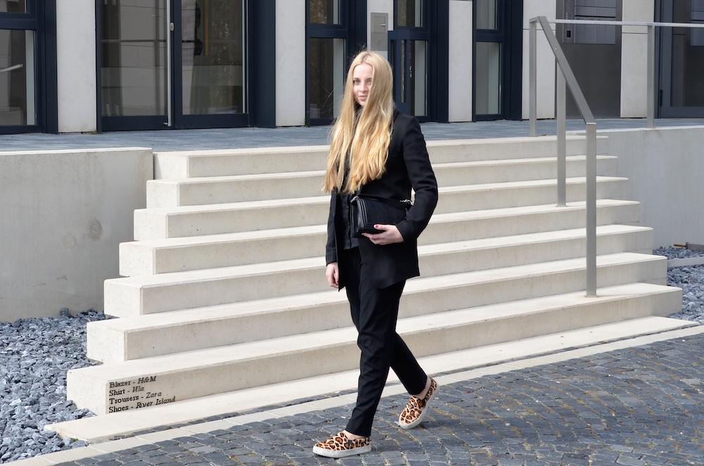 Lisa Schnatz, modeblogger, fashionblogger, new, outfit, bielefeld
