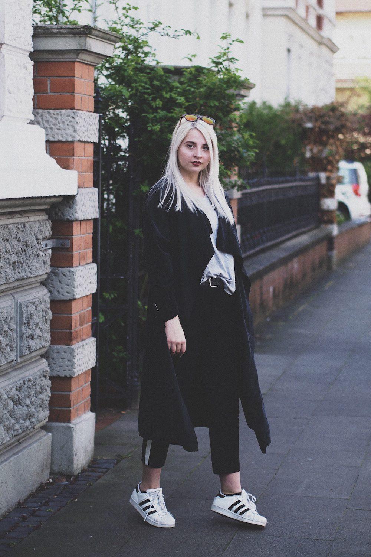 Lisa Schnatz - Modeblog - Bielefeld - Le Specs Halfmoon Magic